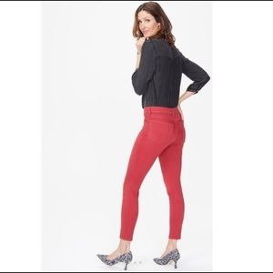 SALE EUC NYDJ red ankle jeans, 6